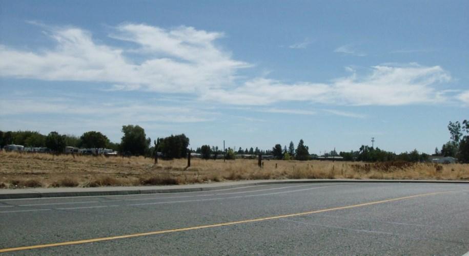 415 Pringle Ave, Galt, CA 95632