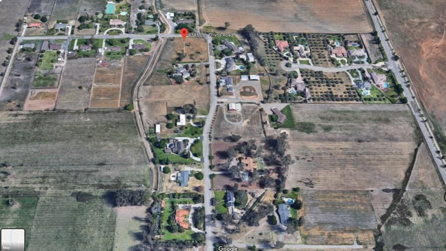 1 LA LOMA Road, Merced, CA 95340