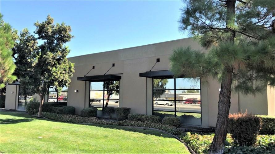 1420 Mitchell Road, Modesto, CA 95351