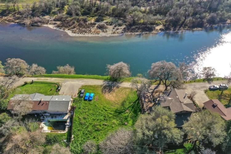 1 River Front Lane, Fair Oaks, CA 95628