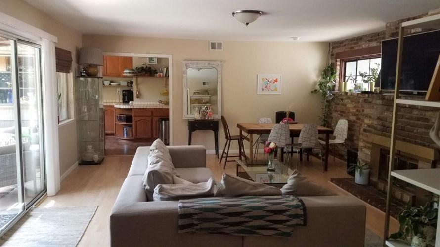 2477 Donner Way, Sacramento, CA 95818