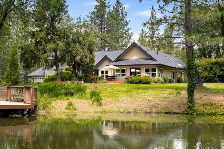 15224 You Bet Road, Grass Valley, CA 95945