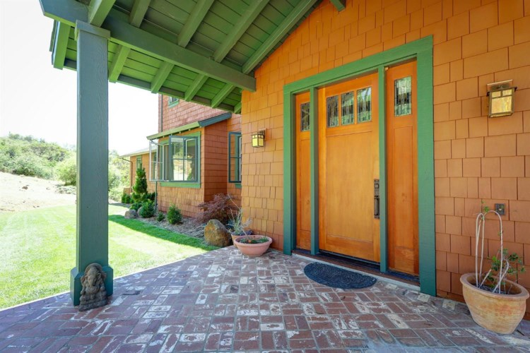 16372 Thornberry Way, Grass Valley, CA 95949