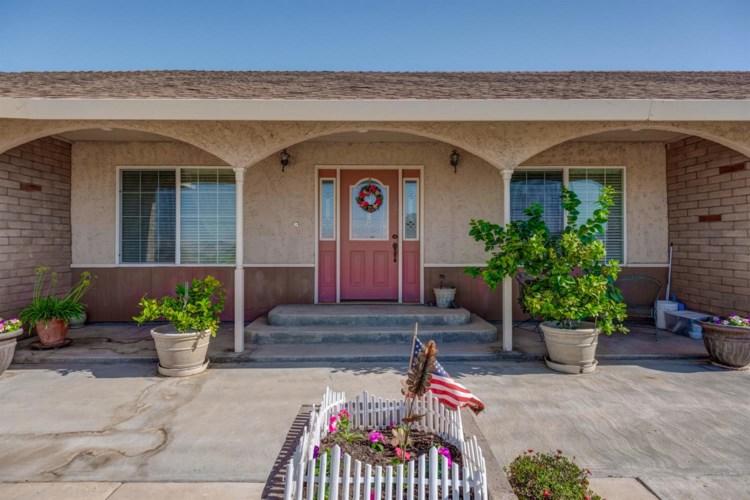 24502 W HENRY  MILLER Road, Los Banos, CA 93635