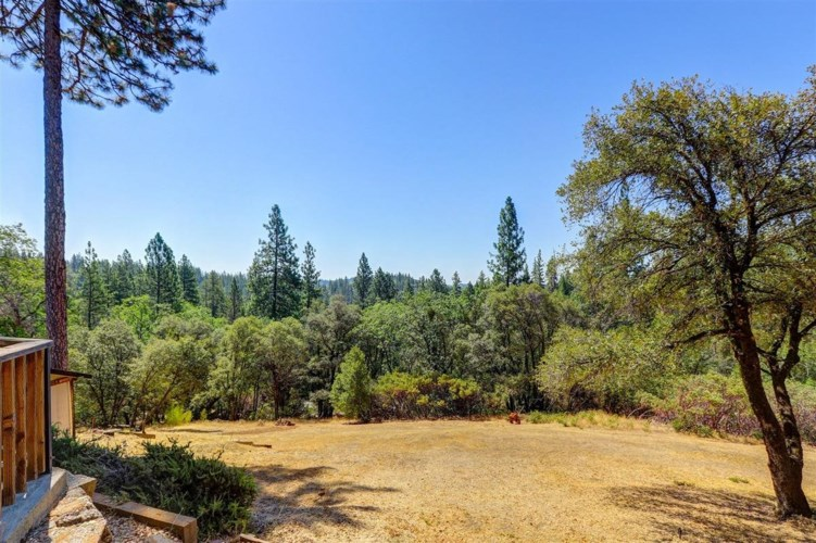 19442 Wymer Lane, Grass Valley, CA 95945
