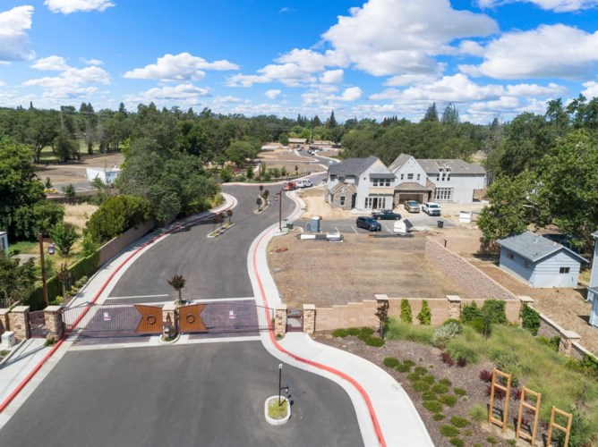 7545 Twin Bridges Lane, Citrus Heights, CA 95610