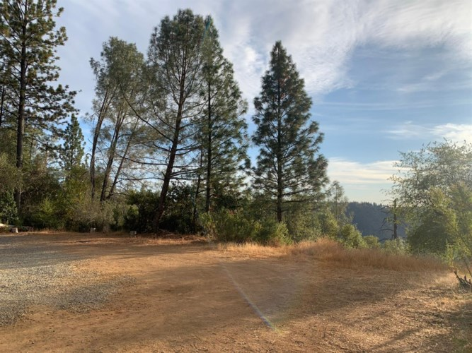 6420 Dark Canyon Rd, Placerville, CA 95667