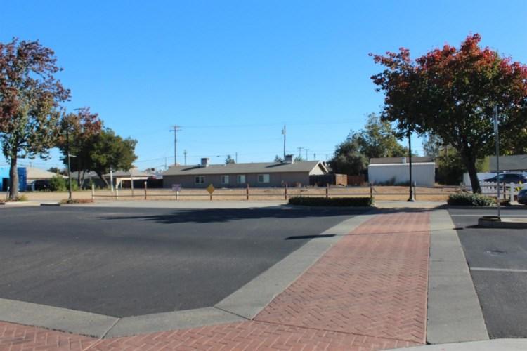 401 S Lincoln Way, Galt, CA 95632