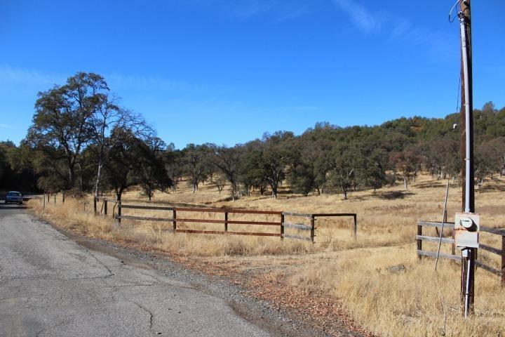 12094 Woodacre Road, Grass Valley, CA 95949