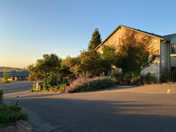 116 Valley View Way, Sutter Creek, CA 95685
