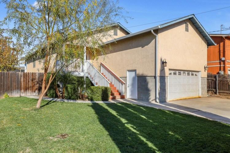 2221 Kenneth Street, Modesto, CA 95351