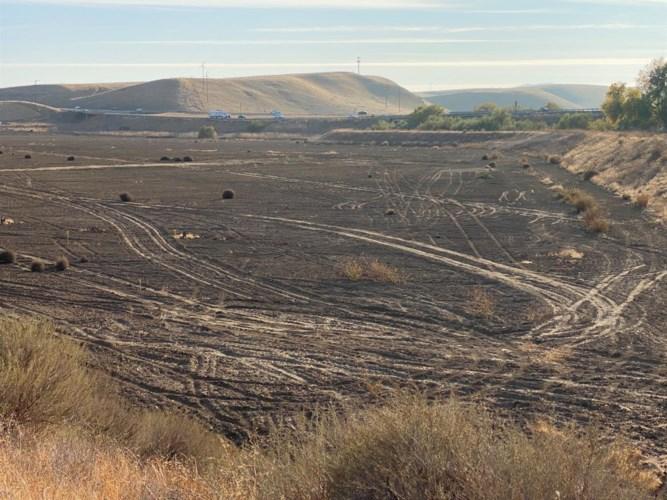 0 Oak Flat Road, Patterson, CA 95363