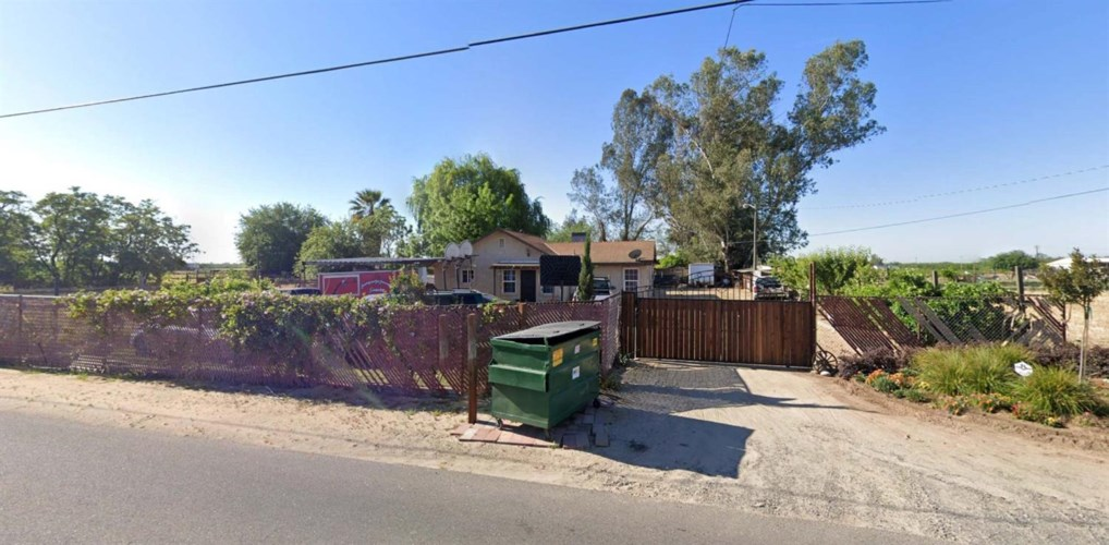 15867 August Avenue, Delhi, CA 95315