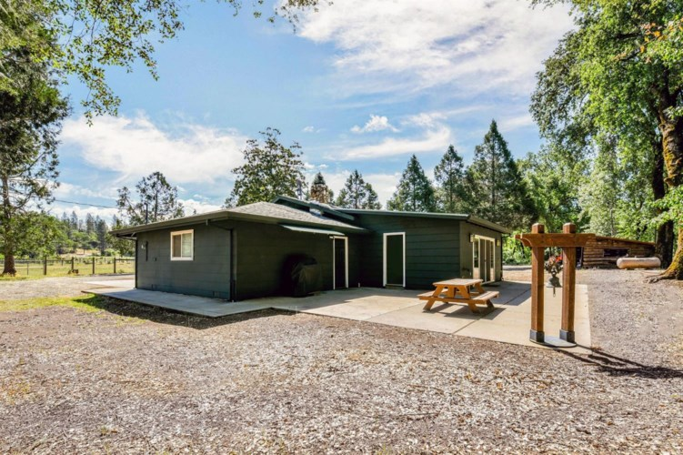 13418 Rices Crossing Road, Oregon House, CA 95962