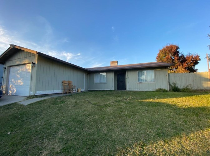 29 Swallow Ct, Merced, CA 95341