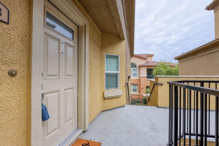 1900 Danbrook Drive  #528, Sacramento, CA 95835