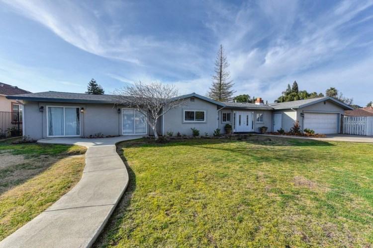 1367 Rowena Way, Sacramento, CA 95864