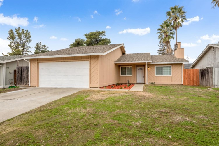 7658 Nixos, Sacramento, CA 95823
