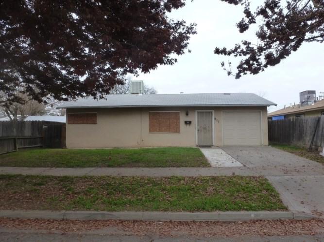 911 W 9th Street, Merced, CA 95341