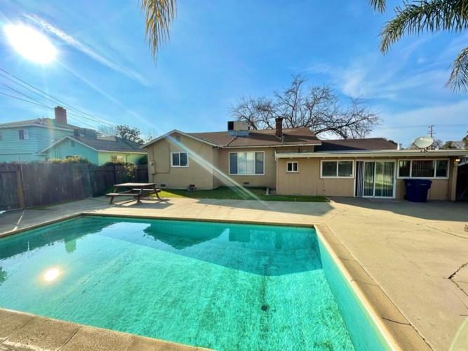 6017 41st Street, Sacramento, CA 95824