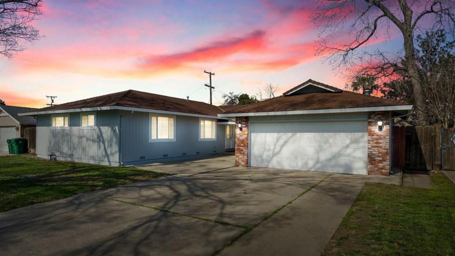 321 E La Mesa Avenue, Stockton, CA 95207