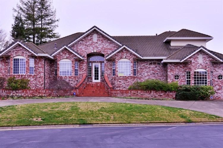 8700 Casa Del Rio Lane, Fair Oaks, CA 95628