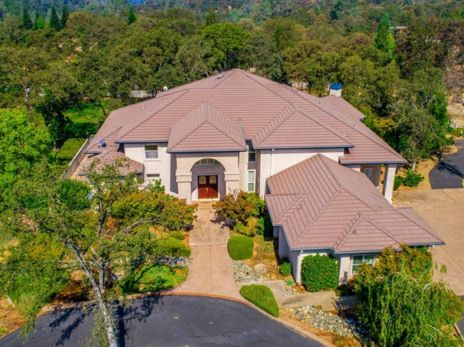 10565 Sierra Estates Drive, Auburn, CA 95602