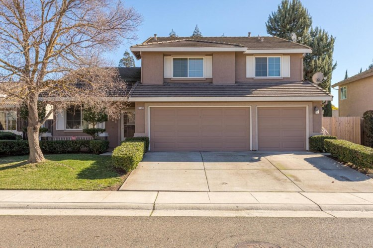 9747 White Pine Way, Elk Grove, CA 95624