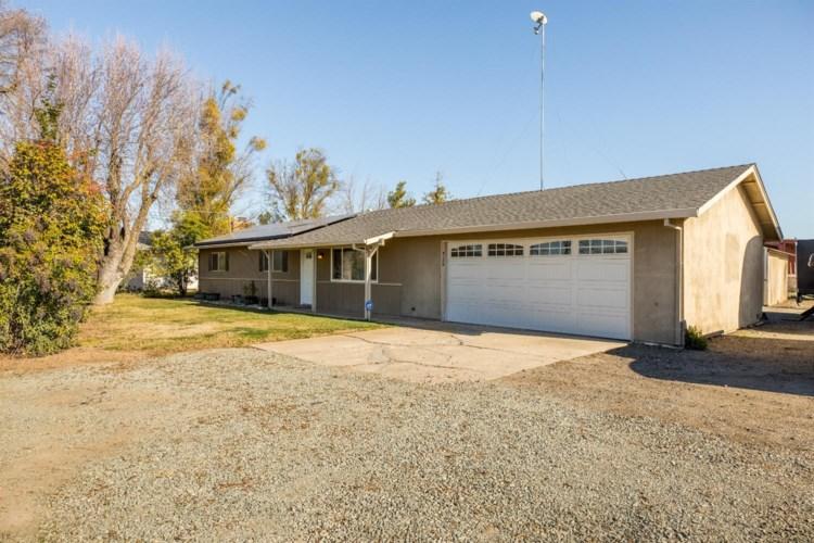 4188 S Escalon Bellota Road, Farmington, CA 95230