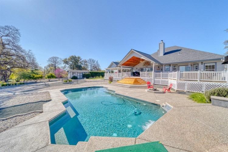 20564 Wildwood West Drive, Penn Valley, CA 95946