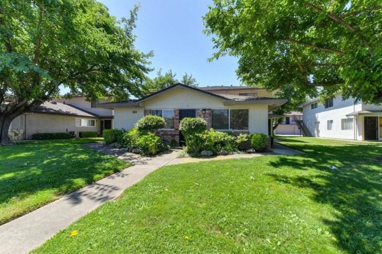 9516 Emerald Park Drive  #1, Elk Grove, CA 95624