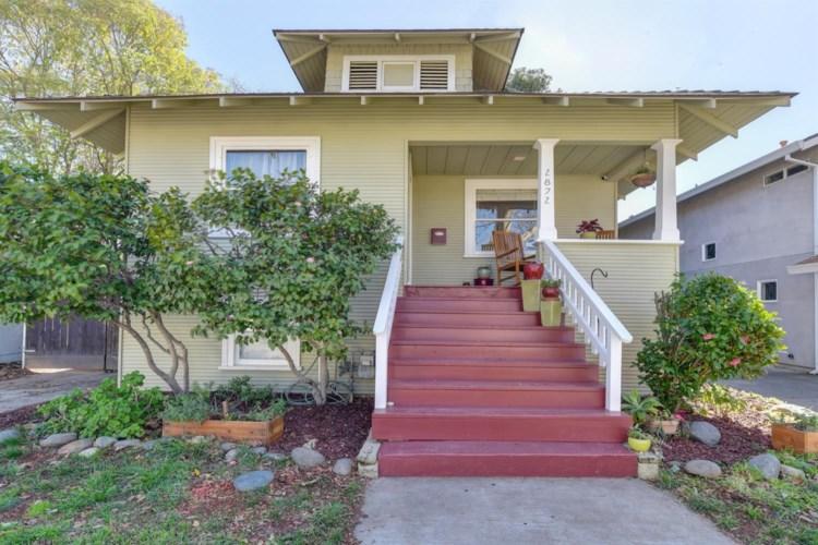 2872 Marshall Way, Sacramento, CA 95818