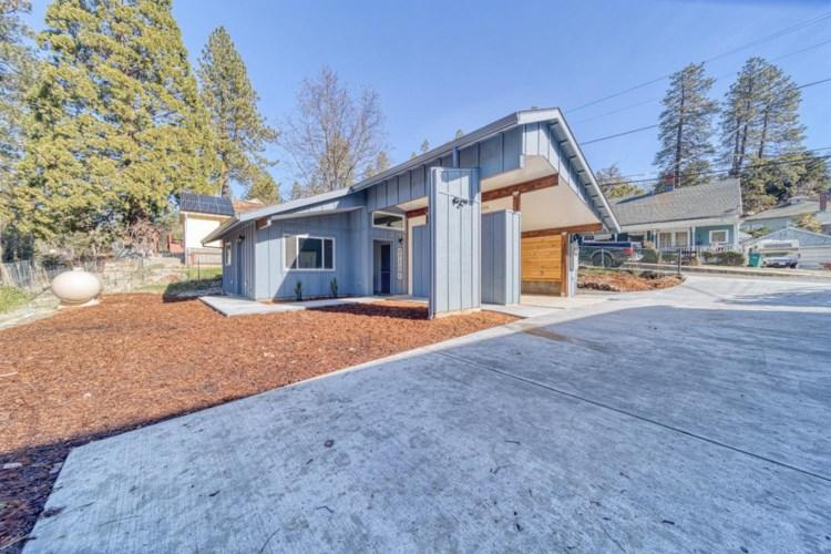 246 N Auburn Street, Grass Valley, CA 95945