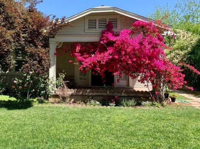 435 W 27th Street, Merced, CA 95340