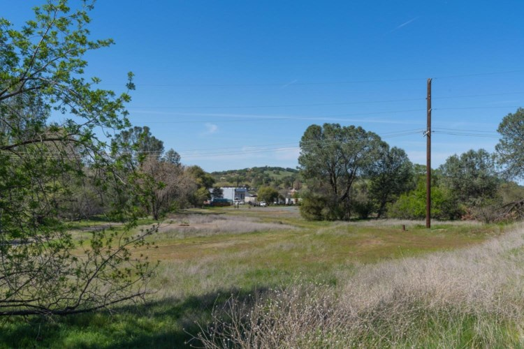 9424 Pacific, Plymouth, CA 95669