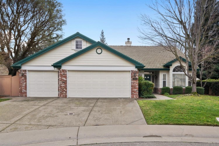 2035 Rough Gold Court, Gold River, CA 95670