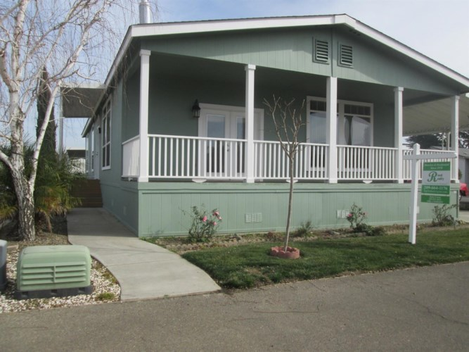 1584 Duke Drive, Livingston, CA 95334