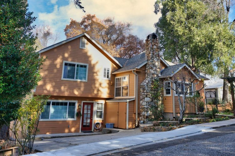 422 Jordan Street, Nevada City, CA 95959