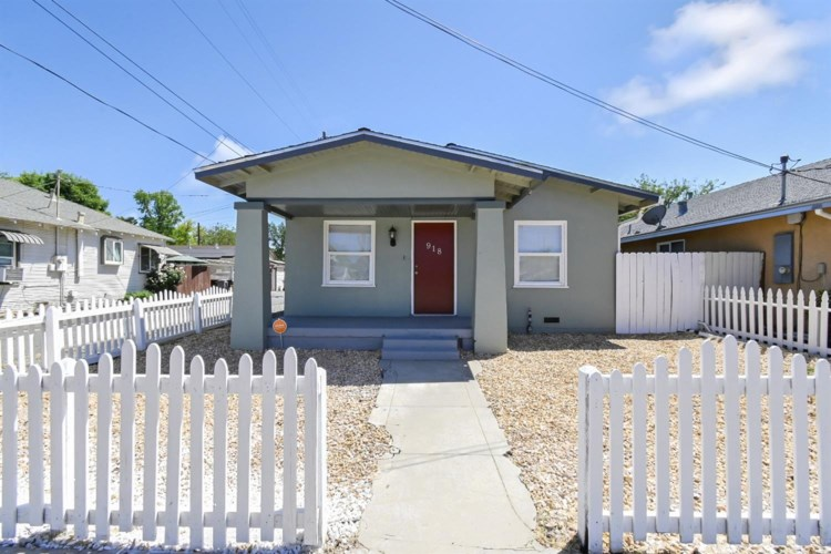 918 12th Street, Marysville, CA 95901
