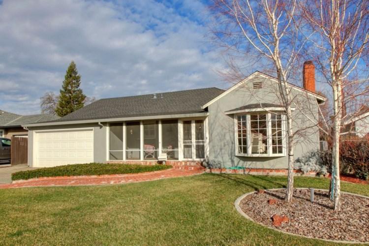 321 Buena Tierra Drive, Woodland, CA 95695