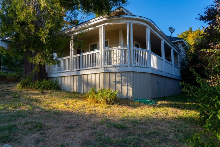410 W Main St, Grass Valley, CA 95945
