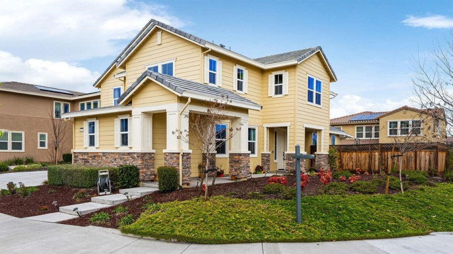 419 W Huntington Avenue, Mountain House, CA 95391
