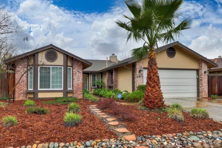 5824 Laguna Villa Way, Elk Grove, CA 95758