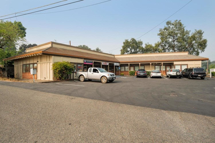 444 Pleasant Valley Road, Diamond Springs, CA 95619
