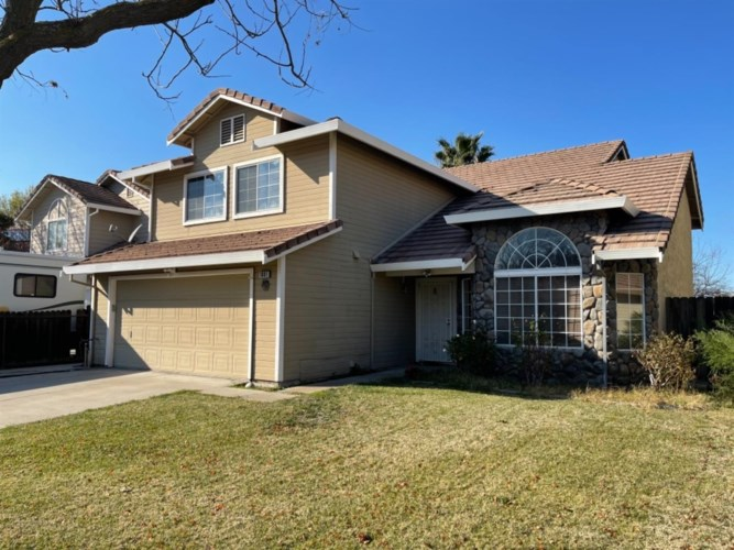 1901 Summertime Drive, Tracy, CA 95376