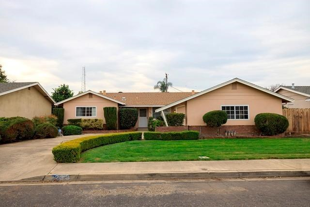 230 Bel Air Court, Turlock, CA 95380