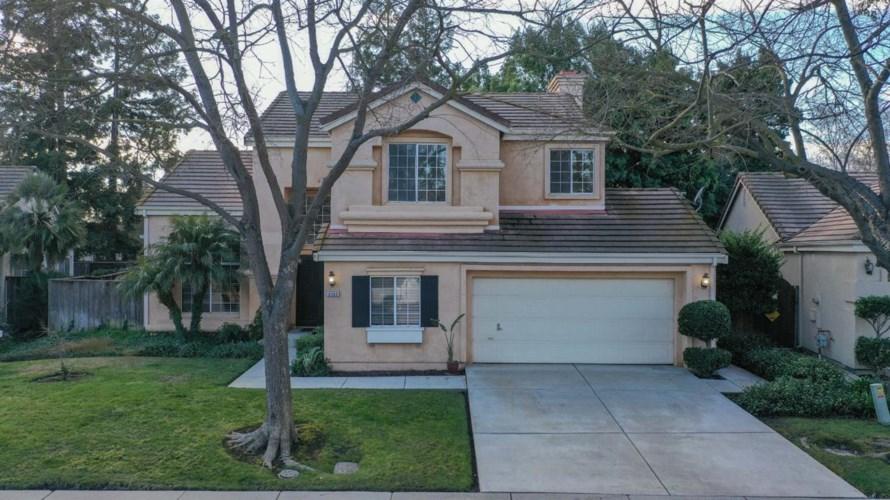 3381 Willowbrook Circle, Stockton, CA 95219