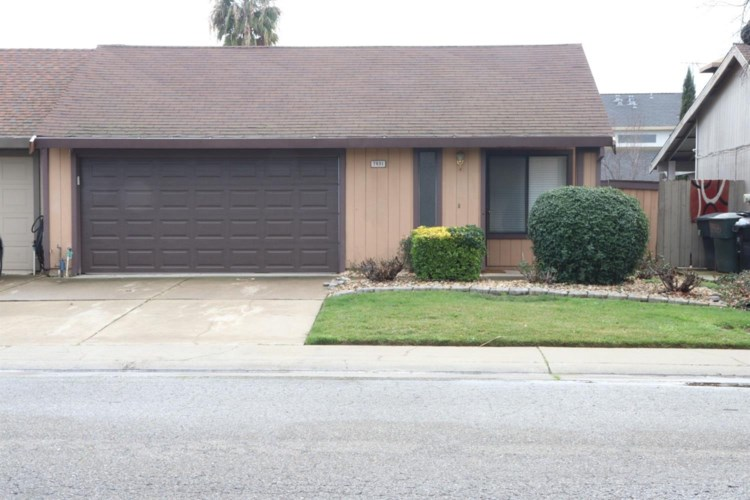 7931 Orchard Woods, Sacramento, CA 95828