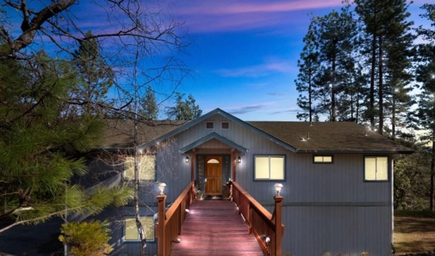 21150 Vista Sierra Court, Pine Grove, CA 95665
