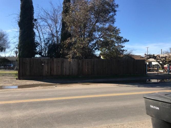 409 Empire Avenue, Modesto, CA 95354